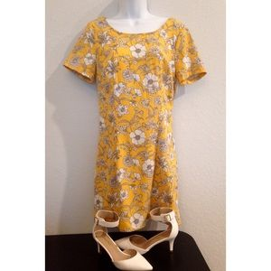 NWT Hollister Mustard Yellow Floral Casual Dress